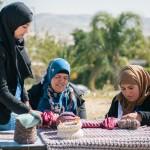 iota Bedouin knitting women